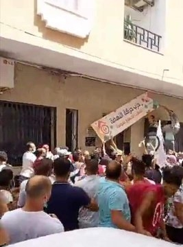 احراق مقرات النهضة والمطالبة بإسقاط حكمها .. تونس تنتفض ضد الإخوان